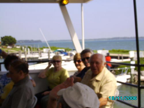 ./Gallery/2011 40th Anniv. Boat Ride/SANY0118.jpg