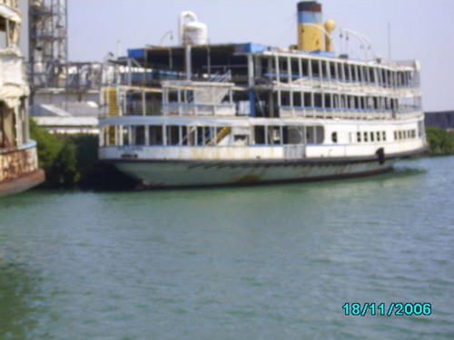 ./Gallery/2011 40th Anniv. Boat Ride/SANY0131.jpg