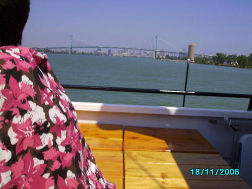 ./Gallery/2011 40th Anniv. Boat Ride/SANY0132.jpg