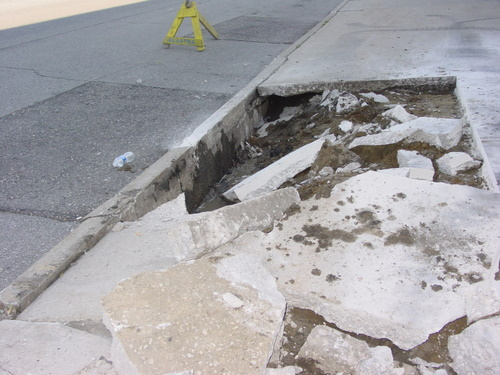 ./Gallery/2011 Parking-Sidewalk Repairs/DSC06320.JPG